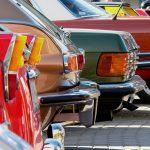 Warto inwestować w samochody używane osobowe